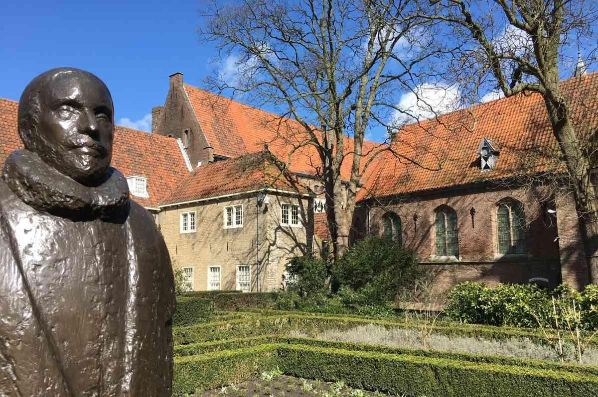 Rondleiding In Naam van Oranje Delft