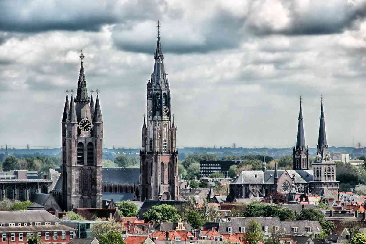 New and Old Church in Delft